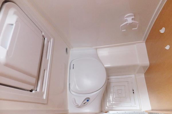 Top Rv Toilet Reviews to Pick The Best One