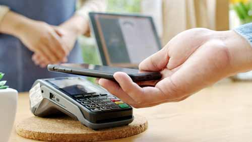 How the POS benefits businesses and customers
