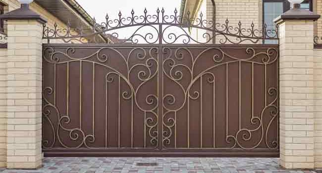 12 Tips for Building Your Own Steel Gate at Home
